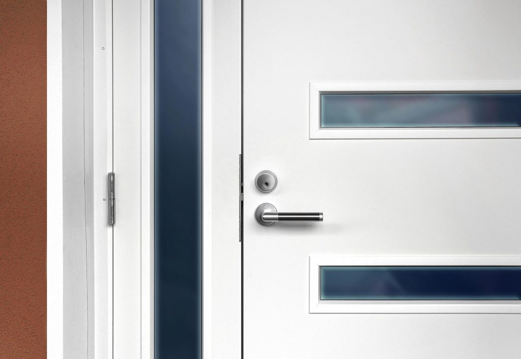 How do I choose a front door style?
